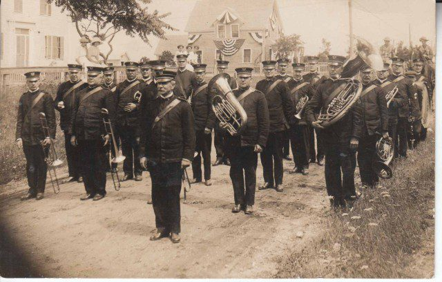 military-band_nelson-dionne-collection