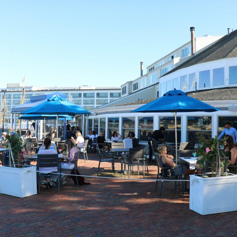 Outdoor Dining at Finz in Salem, Massachusetts